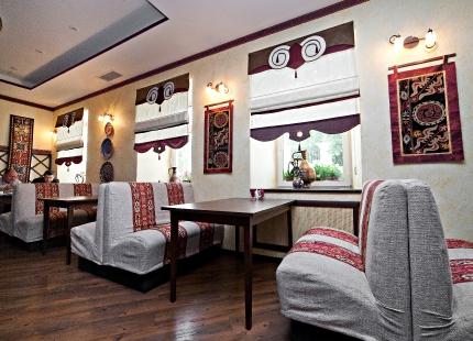 Ресторан в посольстве Кыргызстана.